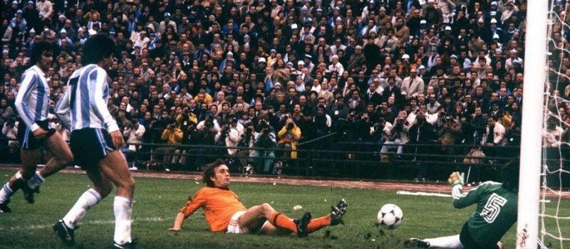 Oud profvoetballer Rob Rensenbrink overleden aan de gevolgen van PSMA